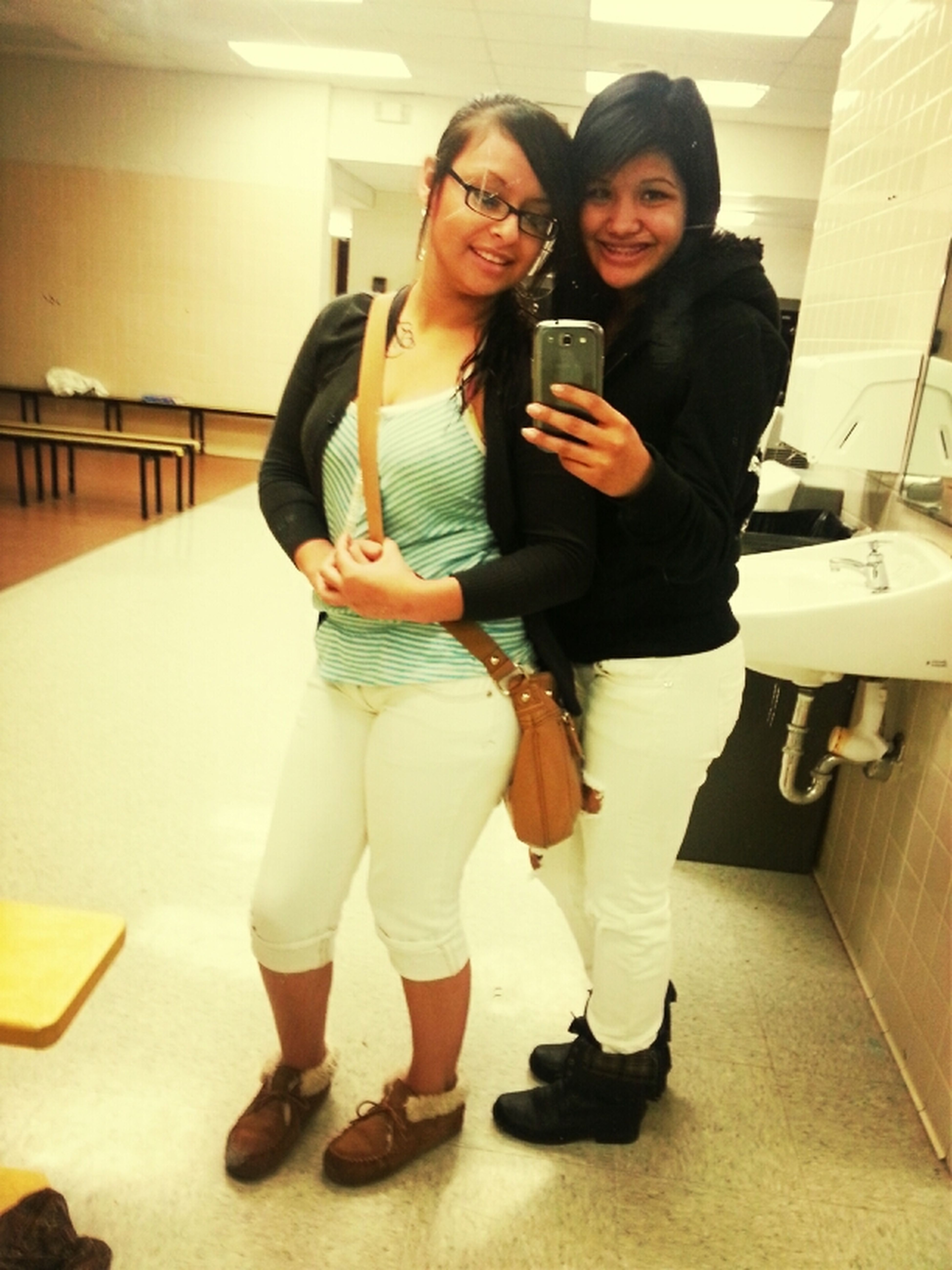 Chilling With Vero At School (: