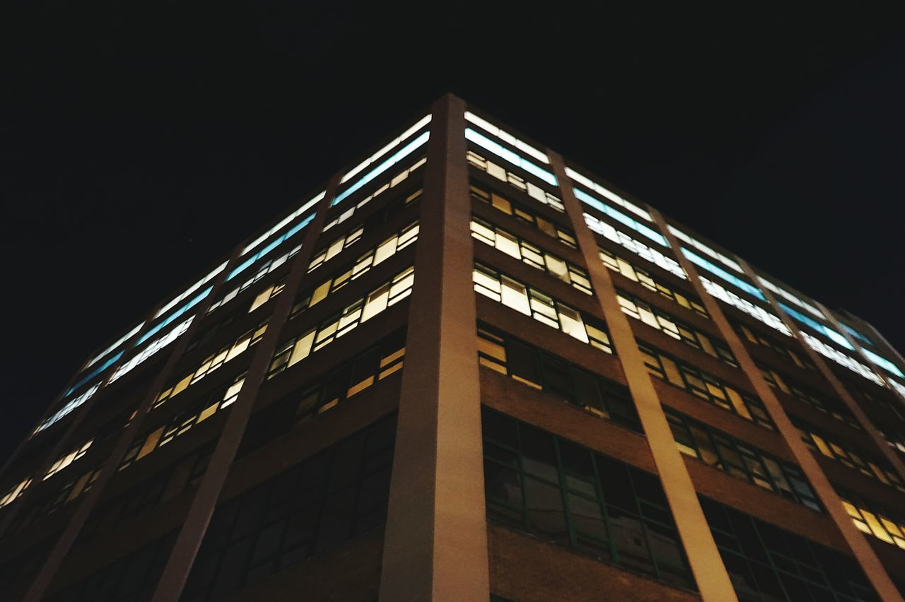 Minimalist Architecture Architecture_collection Low Angle View Façade Building Exterior No People Industrial Architecture Urban Exploration Urbanphotography Skyscraper Lights In The Dark