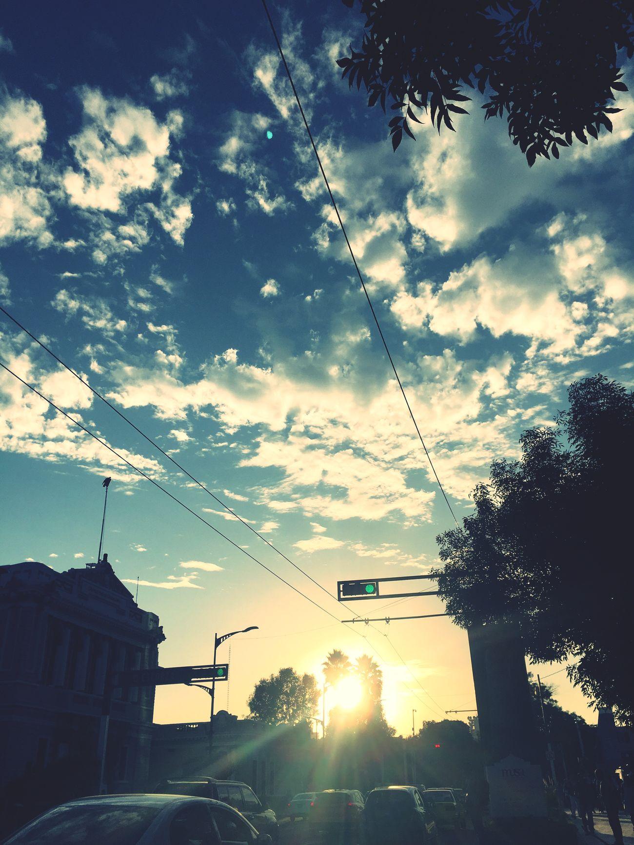 Sky Sunset Building Exterior Built Structure City FreeTime Disfrutando De La Vida Street Walking City Traffic