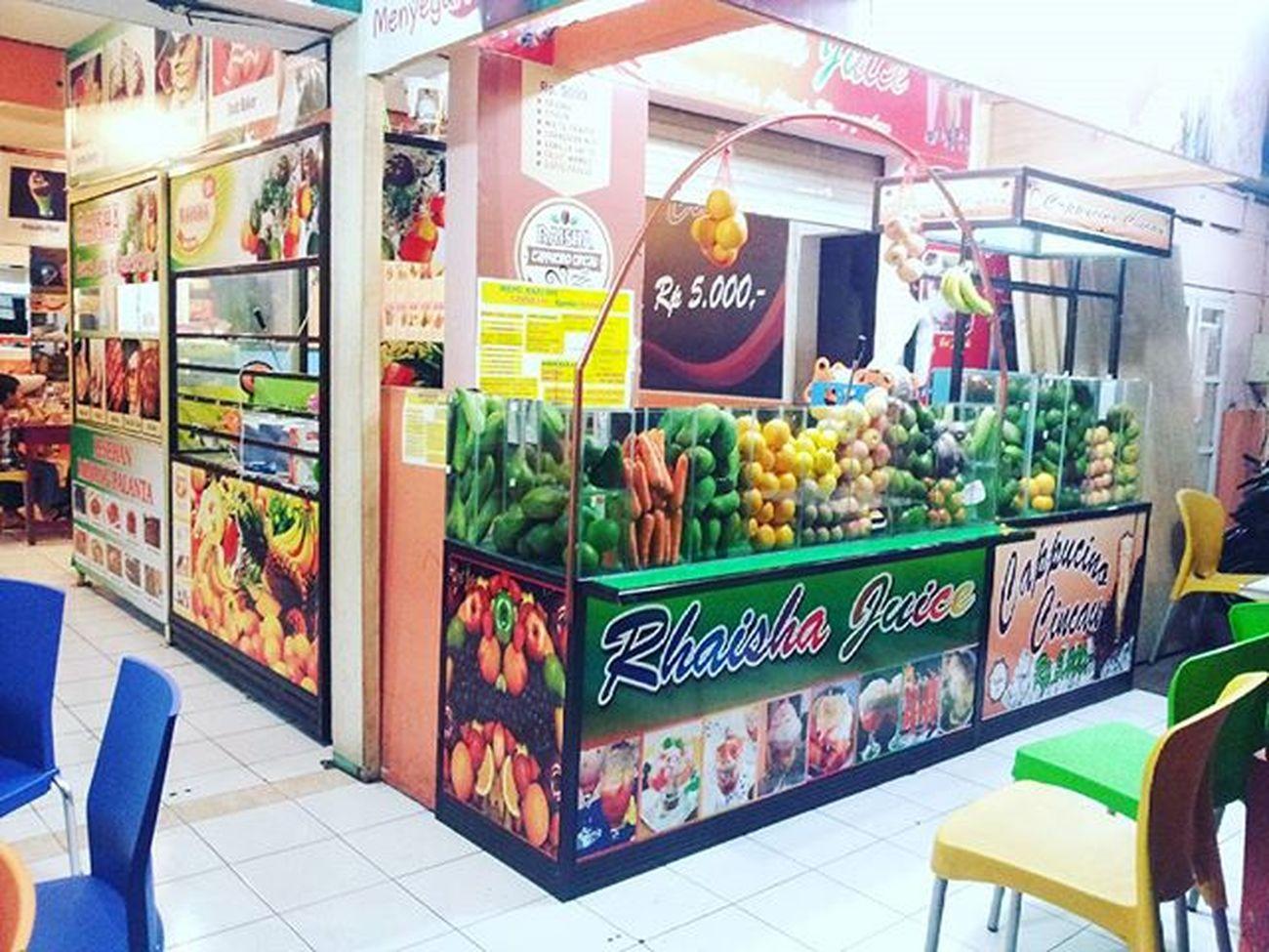 Bantu share YANG SEGAR-SEGAR RAISHA ANEKA JUICE alamat : Jl. JEND SUDIRMAN 140 BANTUL (sebelah Rumah Sakit PKU Muhammadiyah) PIN : 582491EE Telfon : 081578036661 Info lainnya Cabang RAISHA ANEKA JUICE Sekitaran BANTUL - JL. PARANGTRITIS KM 6,5 - JL. IMOGIRI Heatly Juice Heatlylife Drinks Raishaanekajuice Yogyakarta Jogjakarta Jogja Yogya Bantul Sewon Indonesiakuliner Indonesiamakanbuah Buah Sehat INDONESIA Kuliner Yogyakartakuliner Imogiri Minum Minumansehat