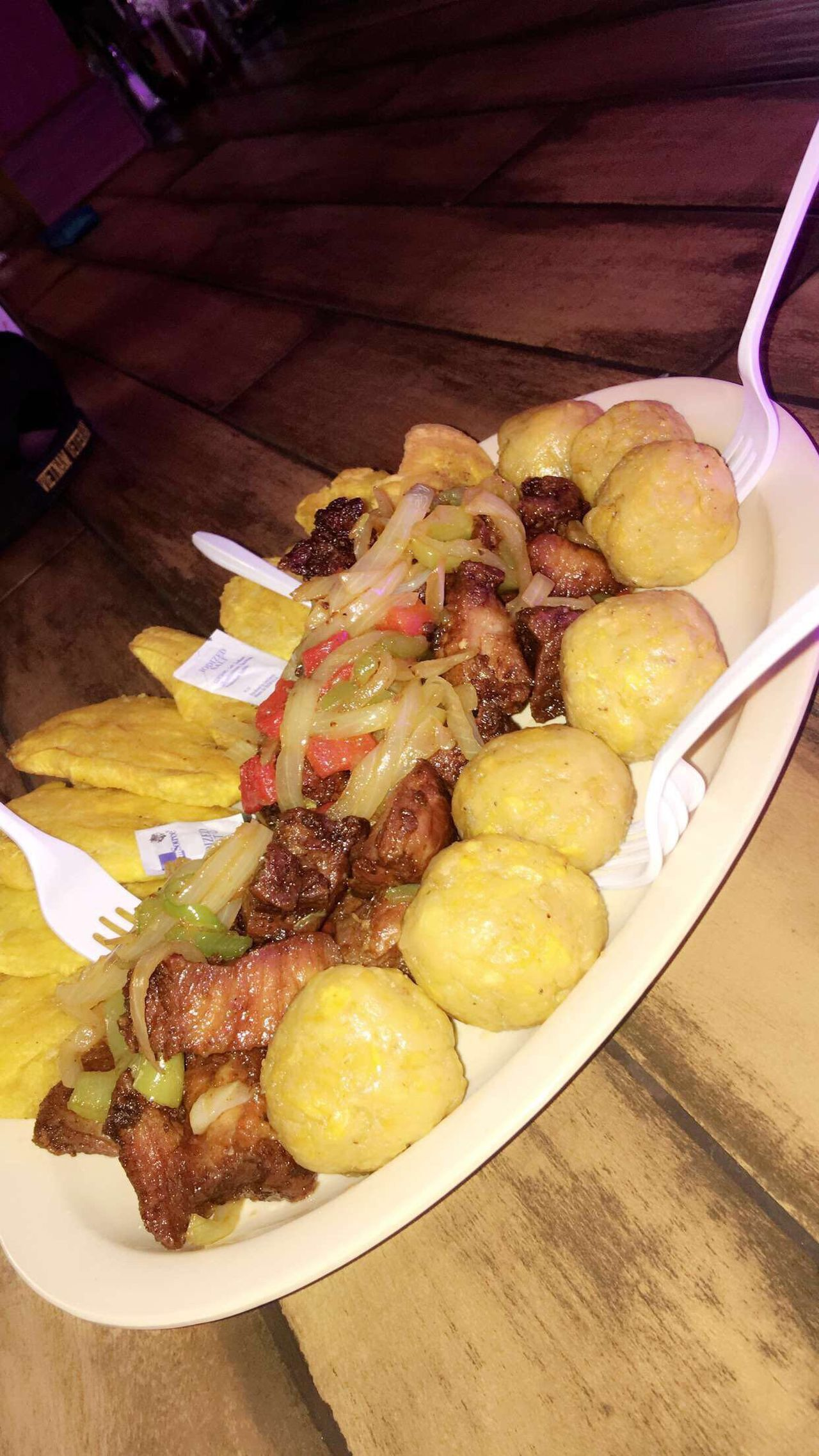 Visual Feast Carne Frita con Bolitas de Mofongo Food And Drink Food Table Prepared Potato Ready-to-eat Indoors  Plate Meat Freshness No People Meal Healthy Eating Close-up Minced Day Carnefrita Mofongo PR