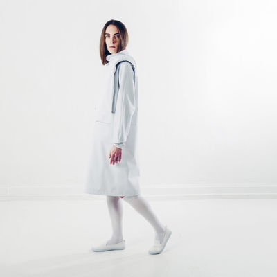 3/3 ambigue | Bright One Person Studio Shot Full Length Portrait Looking At Camera People Arts Culture And Entertainment Adult Standing Child Only Women Human Body Part One Woman Only Indoors  Sports Uniform White Background Young Adult Day