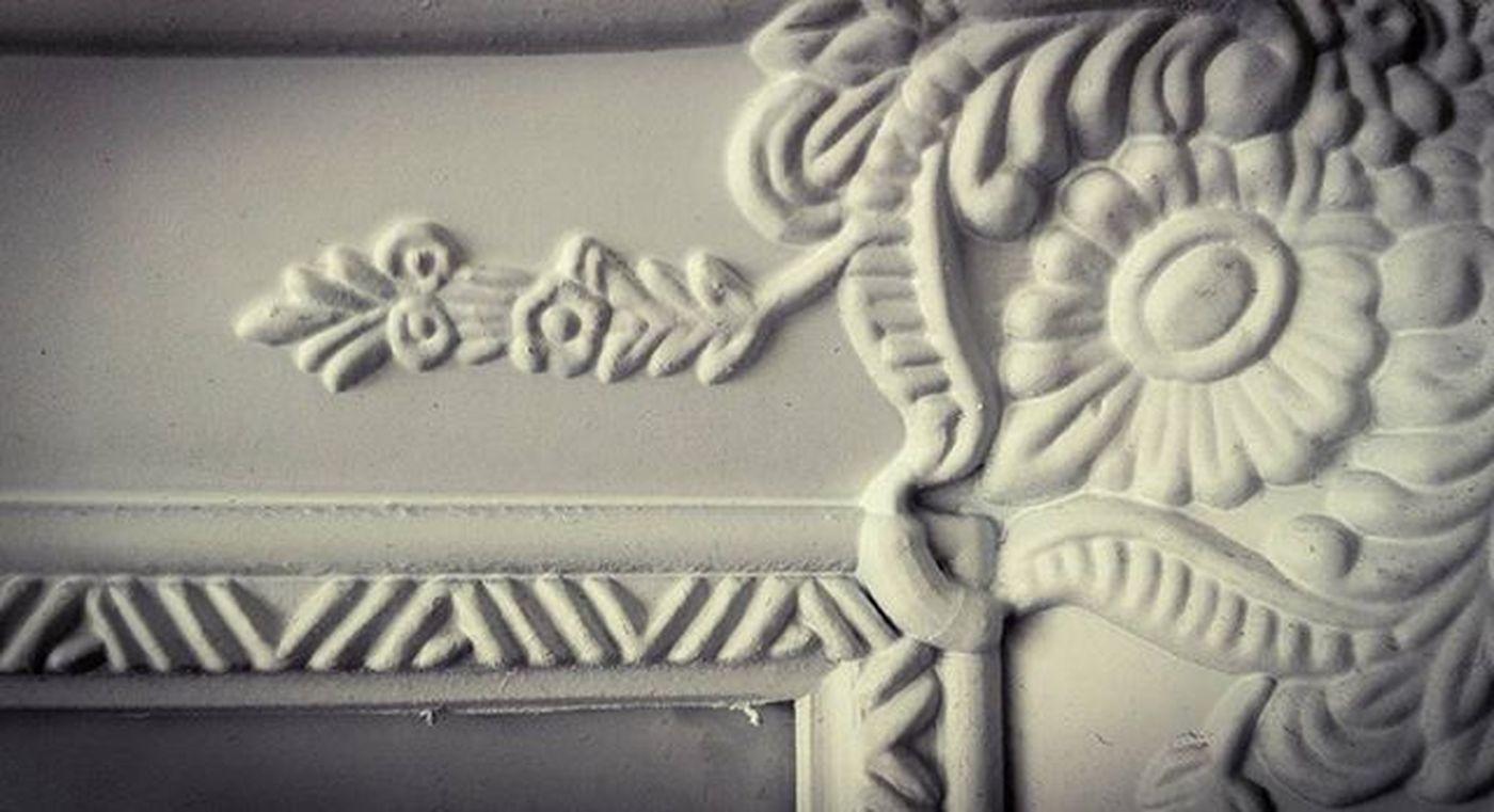 White Texture Frame Fleurdelis Ss_bw_19 Wooden_hue_art