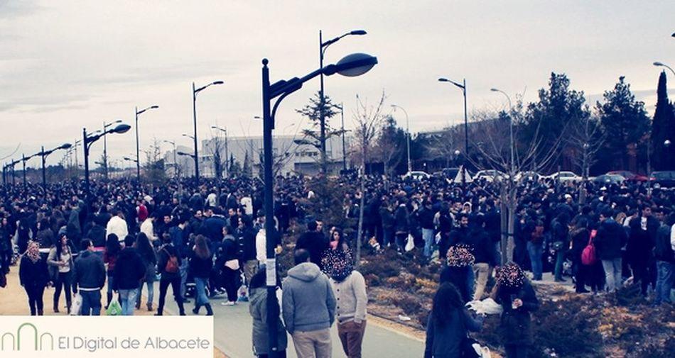 More People Jueves Lardero Mona Campus