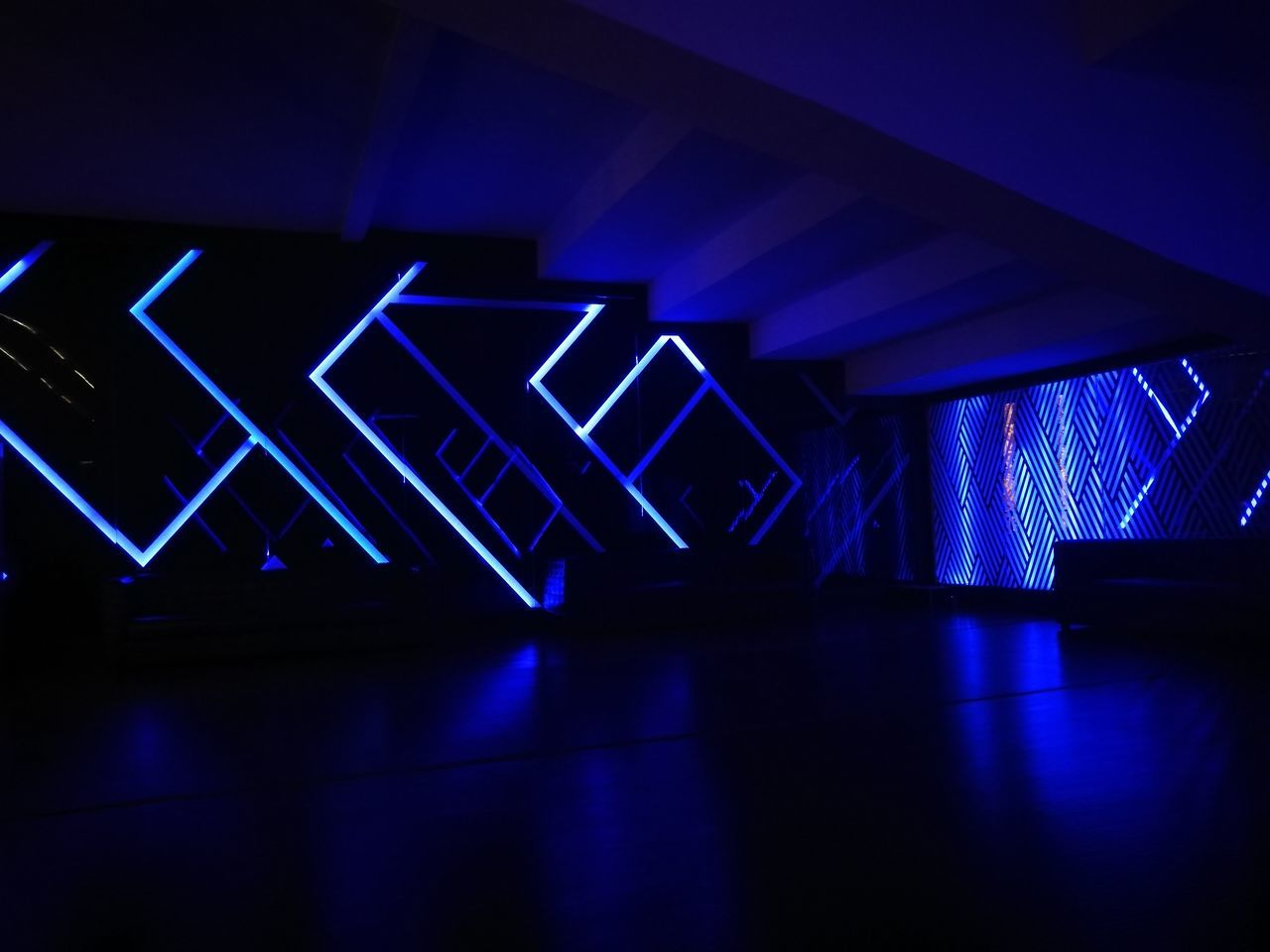 Night Illuminated Indoors  CinemaTime Cinestar HuaweiP9