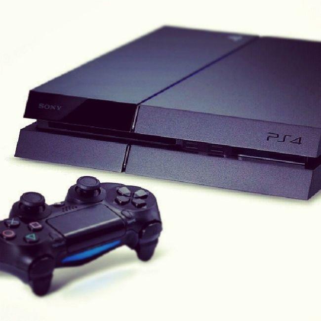 Haih , bile la aku nak dpt ni ? Tngah melting habis ngan die ni .. PS4 Playstation Newarrival Comingsoon Woo