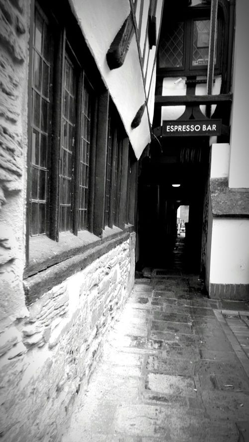 Old Town Old And New Taunton Cafe Nero Esspresso Esspresso Bar Old Building  Eyeem Market Editorial  Eye4photography  EyeEm Gallery Check This Out