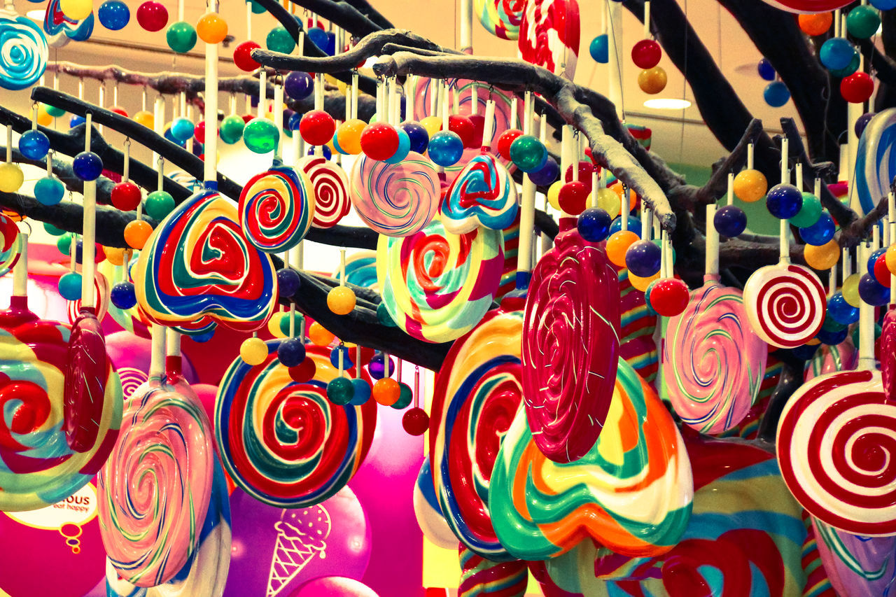 Candy Candy Shop Candy Time Candy Tree CandyTree Chocolate Close-up Collection Colorful Colour Of Life Decoration Dreaming For Sale Happiness Happy Time Lollipop Love Market Multi Colored Shopping Store Sweet The Dubai Mall Tree World Of Color Mix Yourself A Good Time