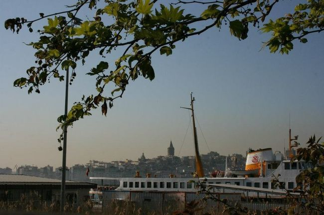 Eminönü/ İstanbul Istanbul Ship Ships Boat Boats Galata Galatakulesi Tower Galatatower