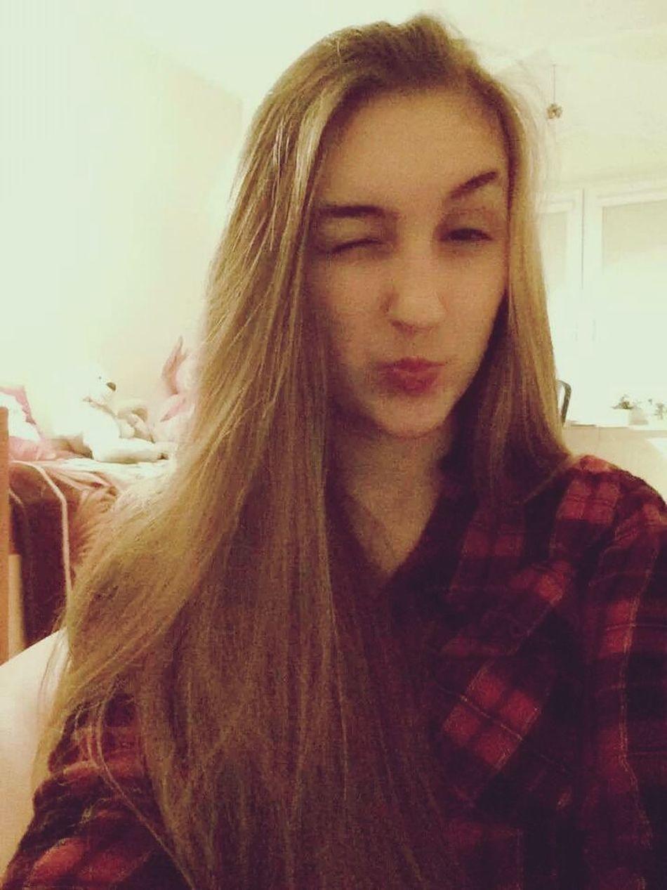 Red Lips Blonde Enjoying Life Red&black Shirt So Happy Evening Polishgirl 💗😊
