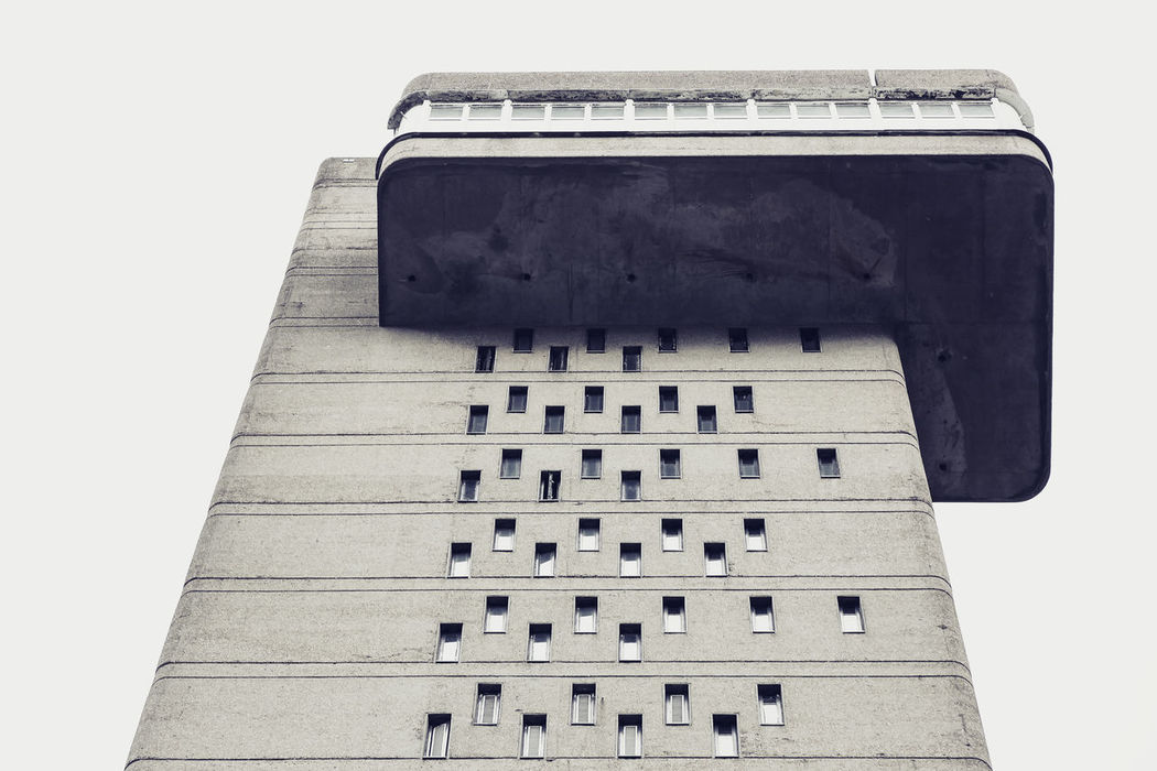Balck And White Photography Biulding Eyem Best Shots Eyemphotography London Buildings No People North Kensington Trellick Tower Architecture Architecture_collection Buildings Built Structure