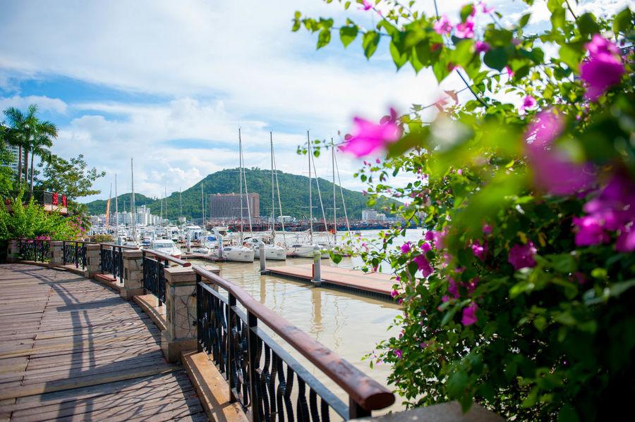 Sanya River Boat Seaside City