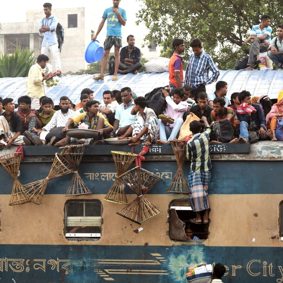Large Group Of People Faces In Places People And Places People And Places. Traveling Photography Crowd Train Lots Of People Travel Photography Crazy Moments Crazy Journeyphotography Eiduladha Fearless Rooftop Scenery Trainroof Smile ✌ Bangladesh 🇧🇩