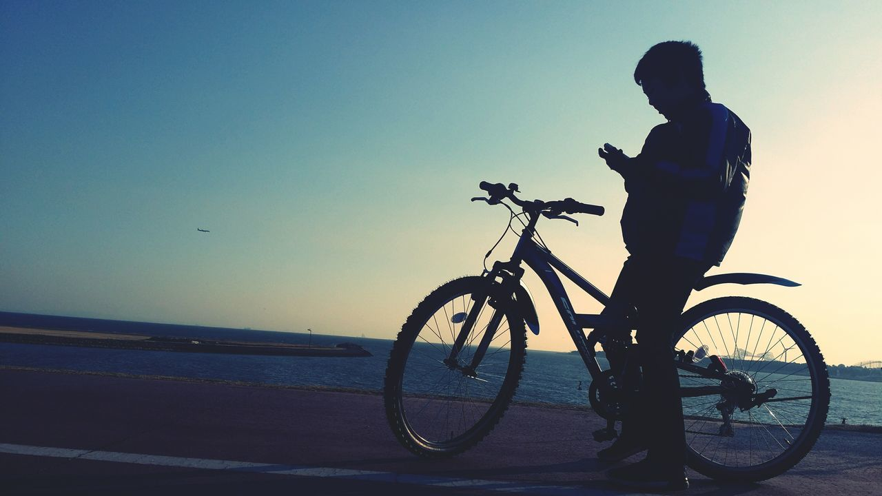 Biker Only Men Sunset Bicycle Outdoors One Person Sky Day Nature My Son ❤ Sunset_collection EyeEm Gallery Tokyo,Japan Relaxing Enjoying Life My Love Japanese  Color Palette Sea