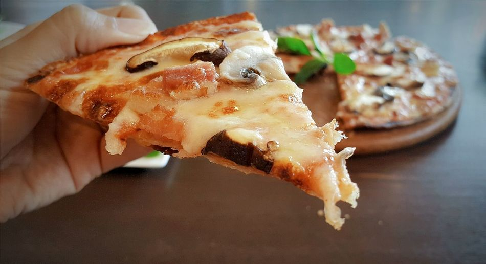 Beautiful stock photos of pizza, Bacon, Close-Up, Cropped, Focus On Foreground