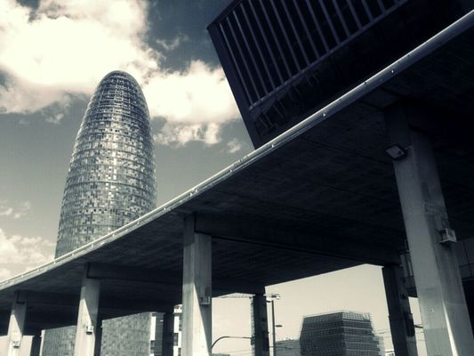 Skyline at barcelona by eloi