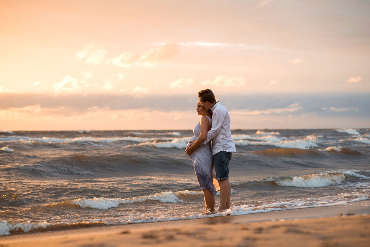 Beautiful stock photos of valentinstag,  25-29 Years,  Adult,  Adults Only,  Beach