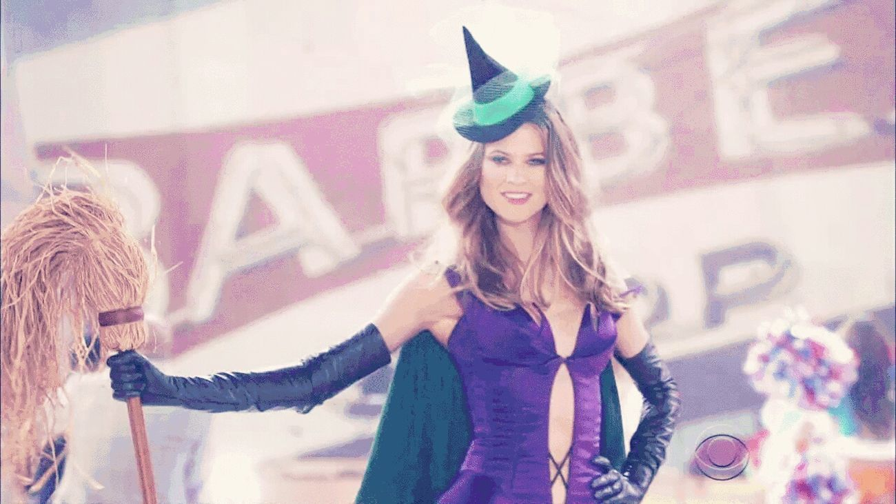 The Angels Come Back VSFS15' Today ... GoodDay✌✔ Newyork Cityscapes Angels Behati Prinsloo