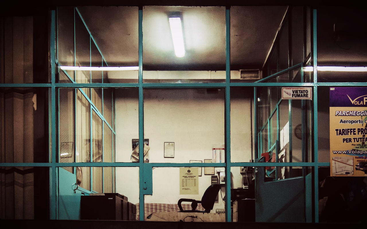 - THE OFFICE - #michaelmoeller Architecture Built Structure Day Garage Illuminated Indoors  Indoors  Mafia  Milan Milano Milanocity No People Nopeople Secret Places Vintage Vintage Style