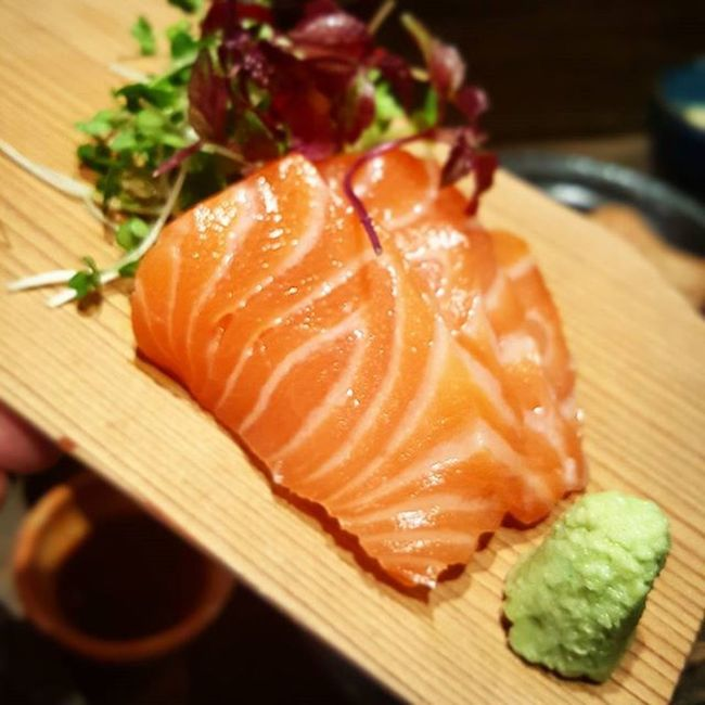 Not gonna lie. This salmon melted in my mouth like a skip. Tasty Sushi Fresh Sashimi  Deliscious Food Dinner Fish Japan London Eating Imissjapan Authentic Meltinyourmouth