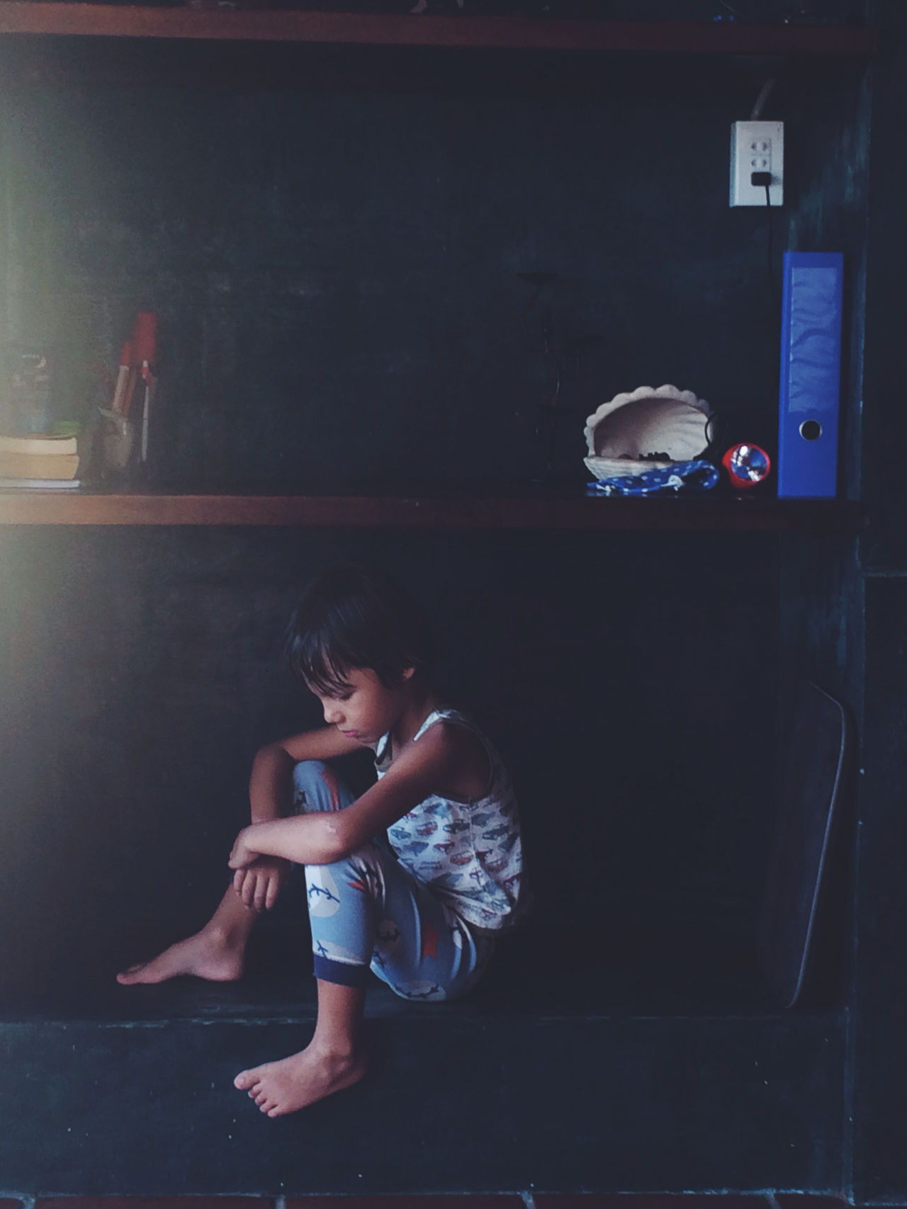 Childhood Children Hoang Ann Indoors  Kid Littleboy Occupation Person Real People Sadness Sitting Thingking