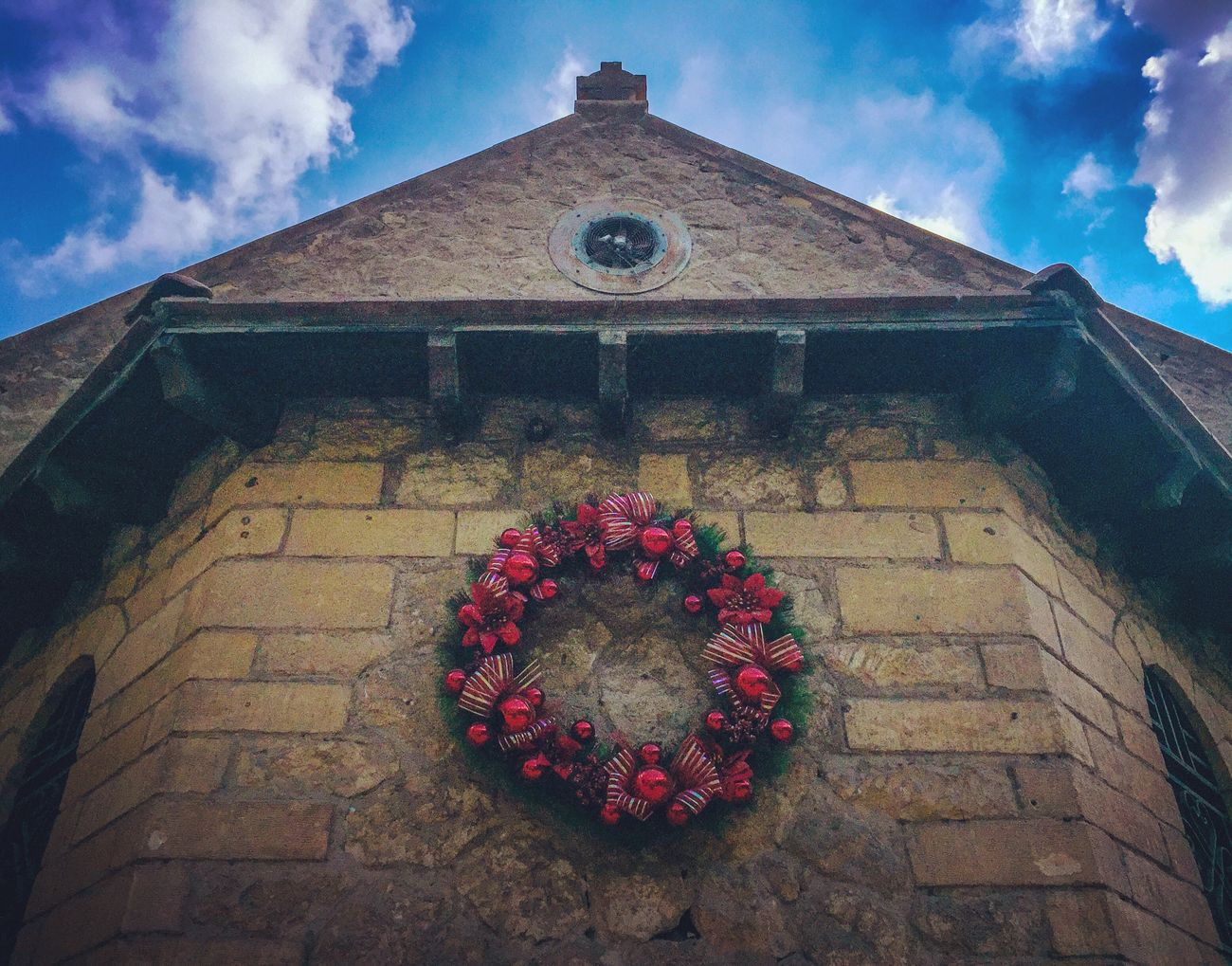 Christmas Decorations Christmas Time Building Exterior Beauty In Nature Building Art Buildings Architecture Building Story Buildingphotography Building Photography Architecture Sky Nature Buildings & Sky Buildinglover Buildingstyles Building_shotz FadyNaroz