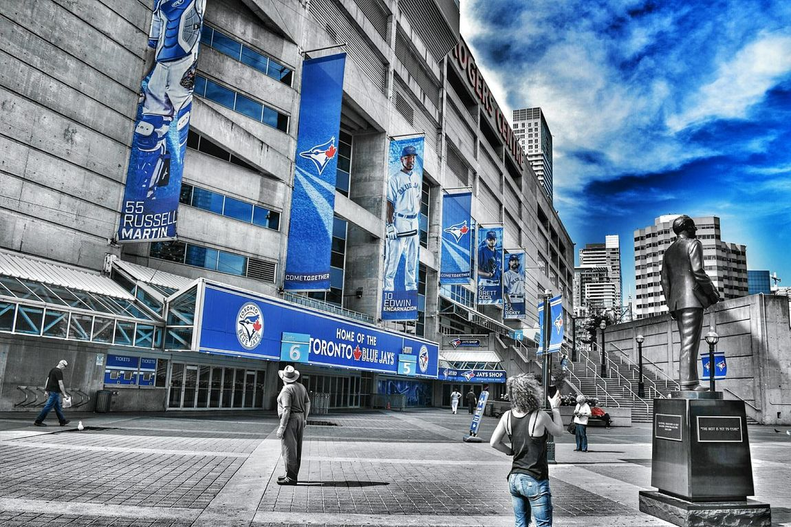 Bluejays Colorsplash Travel Photography Canada Nikonphotography Toronto Architecture Urban Geometry Clouds Walking Around Popular Photo Getting Inspired Nikon Hanging Out Enjoying Life Pumpkinspice Light And Shadow People Getting Creative EyeEm Best Edits Jeans Hello World