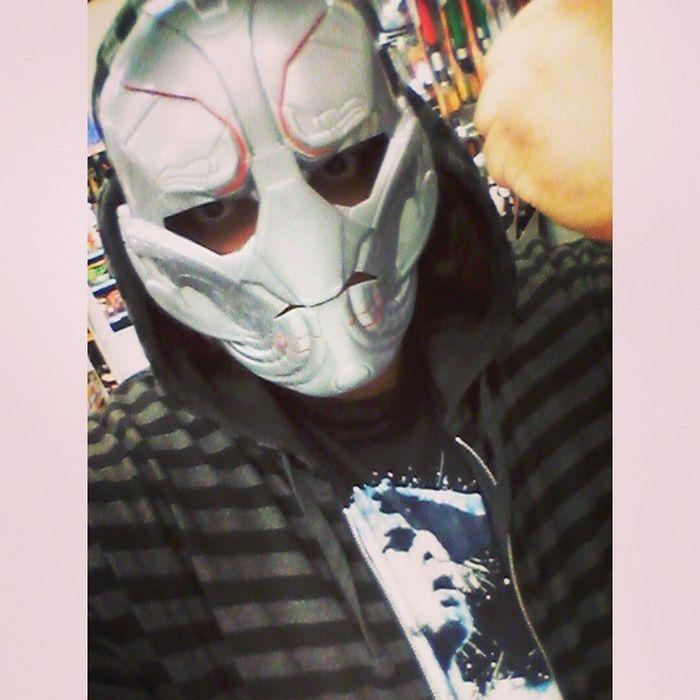 """There are no strings on me.."" Ultron Randompic Toysrus Mcu Marvel Nerd Nerdyguy Thursday Happygeek Favoritevillian Ultronprime Nostringsonme Avengers2 Ageogultron Selfie Fun BeingWeird Goofyoff Mask Dressingup"