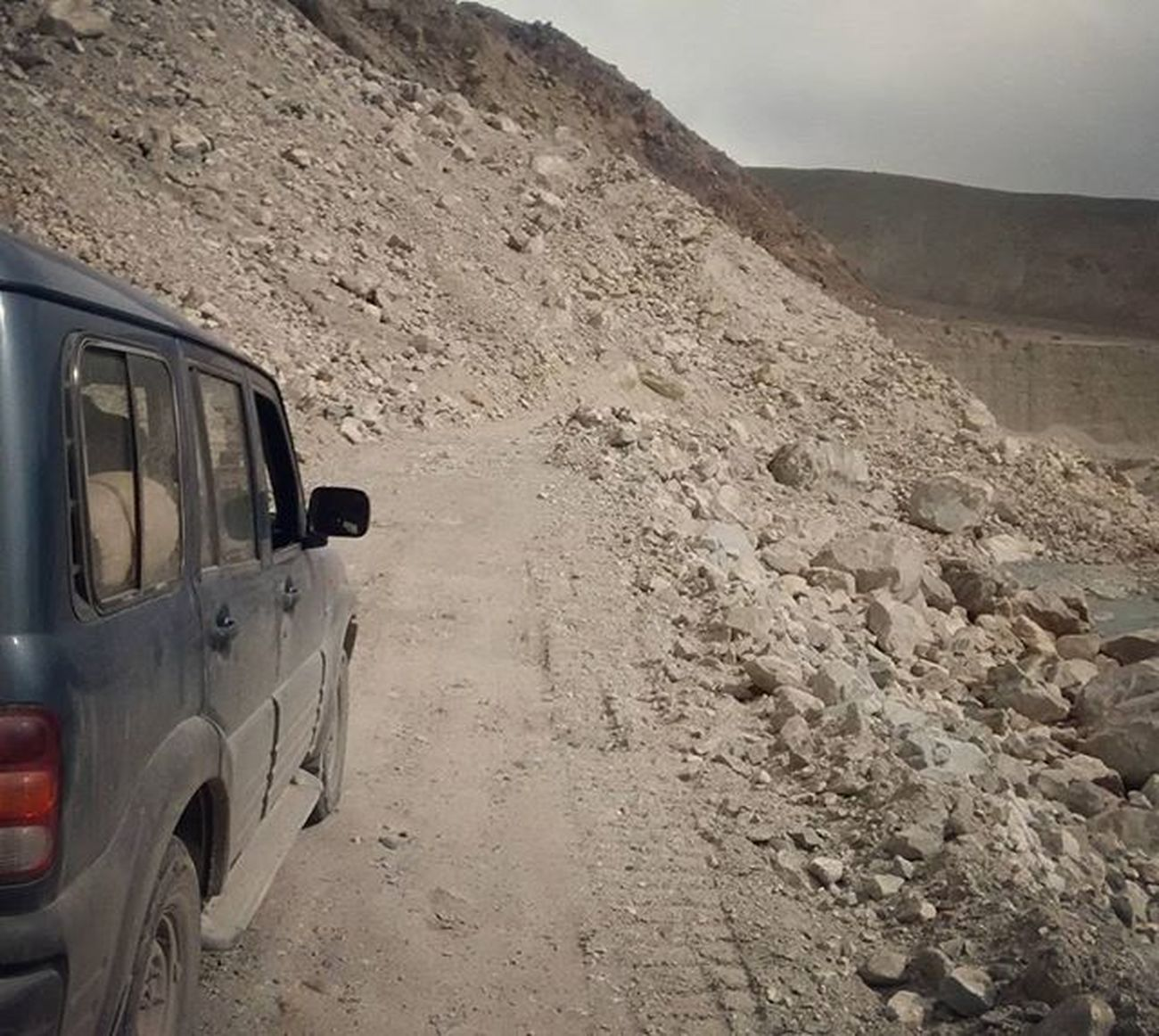 TheBeast Offroading Trail Mahindra Scorpio Wild &free Kashmirdiaries JammuandKashmir Indusriver
