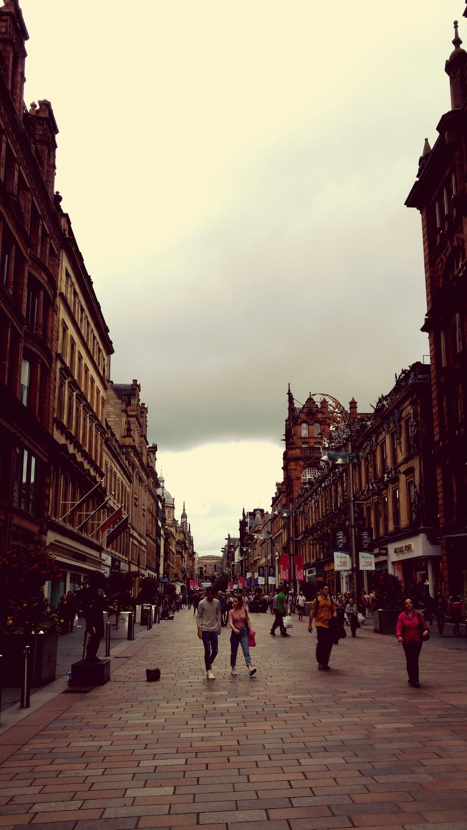 Forgot about eyeem photo from last week in town Glasgow  Sightseeing Landscape Sky Clouds And Sky Shopping ♡ Love