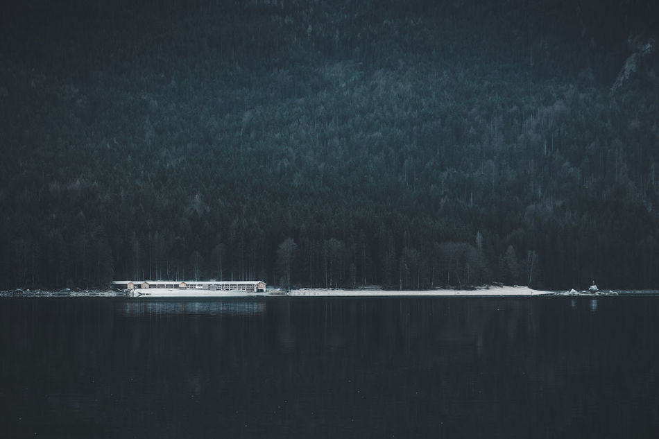 Between the forest and the water. Location: Eibsee, Germany Equipment: Fujifilm X-T2 + XF18-55 www.instagram.com/nils_leithold Alpen Alps Beauty In Nature Boat Cottage Day Deutschland Eibsee Eibsee Forest Fuji Fujifilm House Mode Of Transport Nature Nautical Vessel No People Outdoors Scenics Snow Transportation Trees Water Waterfront Woods