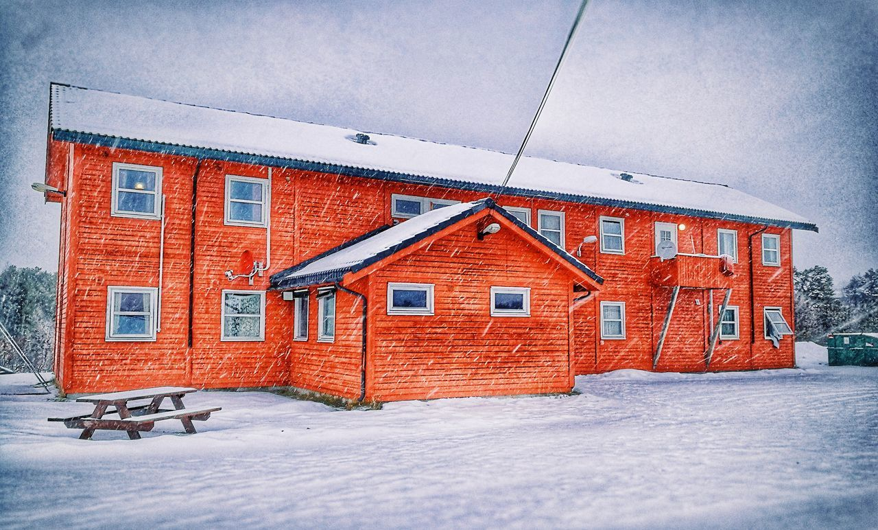 House Norway🇳🇴 Drevsjø Red Outdoors Day Snow ❄ Snowing Awesome Beauty In Nature Beautiful Hotograpy, We Are Eyeem Don't Be Square No People Building Exterior Jumaa_wahab Relaxing Cold Winter ❄⛄ Norge🇳🇴 Hedmark Keep Calm And Be Happy I Love Nature! Huawei Shots HuaweiP9 My Year My View