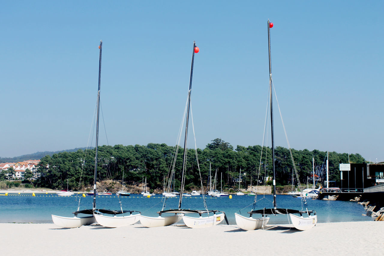 Beach Life Beach Photography Beachphotography Catamaran Catamaranboat Clear Sky Day Leisure Port Outdoors Port Sea Sea And Sky Sky Sun Yachting