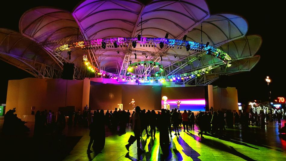 Architectural Feature Festival People And Places Colorful Party - Social Event Amusement Park Architecture Dubai Globalvillage2016 GlobalVillage Illuminated Ceiling Overnight Success