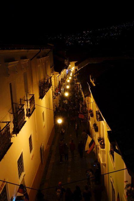 Quito City Noche Centro Historico Calle Ecuador