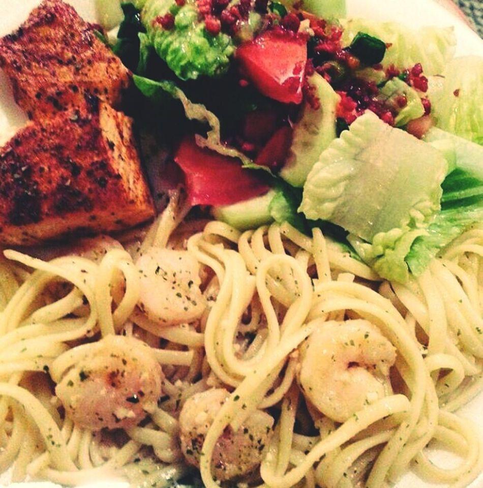 Food♡ Foodporn Foodphotography Foodie Foods Foodpic Salmon Dish Shrimpscampi Salad