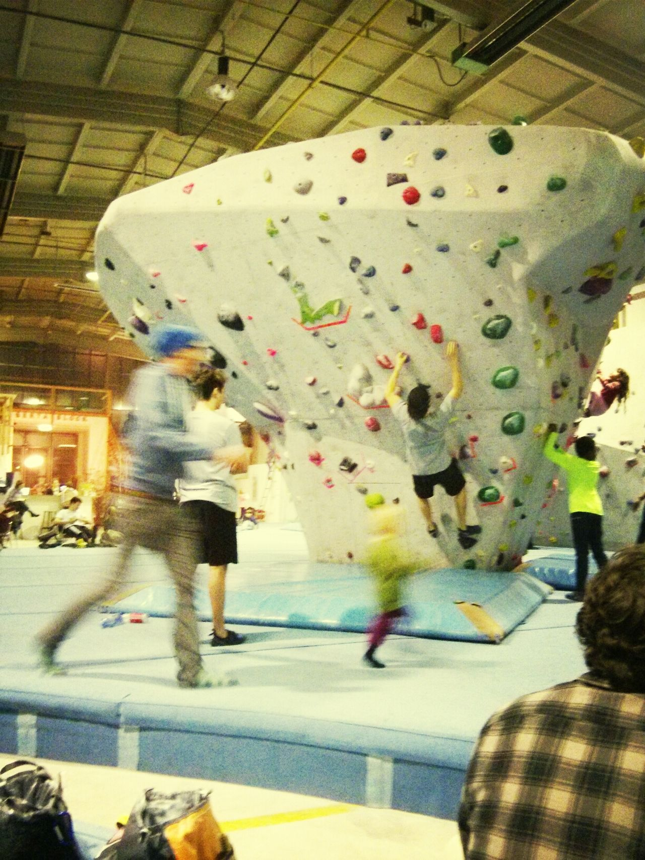 My first time rock climbing in Berlin;-) Rock Climbing Berlin SundayFunday Mustlepain