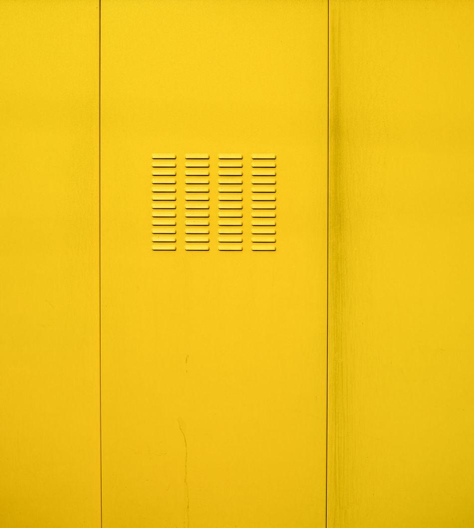 Quittengelb Abstract Door Gelb Geometry Lüftung Metal Q Quittengelb Tür Venting Slot Yellow
