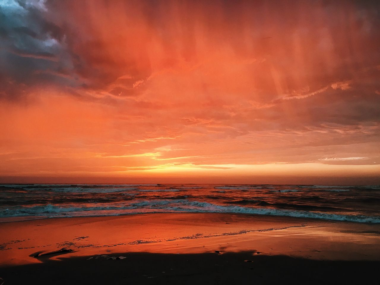 Sunset in Afrika. Atmosphere Atmospheric Mood Awe Beach Beauty In Nature Calm Cloud - Sky Dramatic Sky Horizon Over Water Idyllic Majestic Nature Orange Color Scenics Sea Seascape Shore Sky Sunset Tourism Tranquil Scene Tranquility Travel Destinations Vacations Water