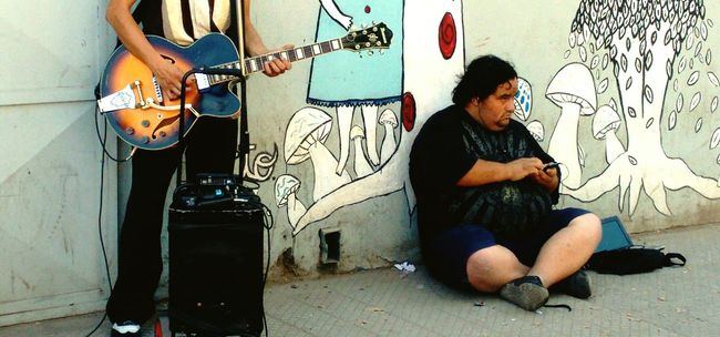 Streetphotography Relaxing Moments Streephotographer Peoplephotography Music Photography  People Photography People_and_world Musical Photos PersaBioBio Santiago De Chile Sudamerica