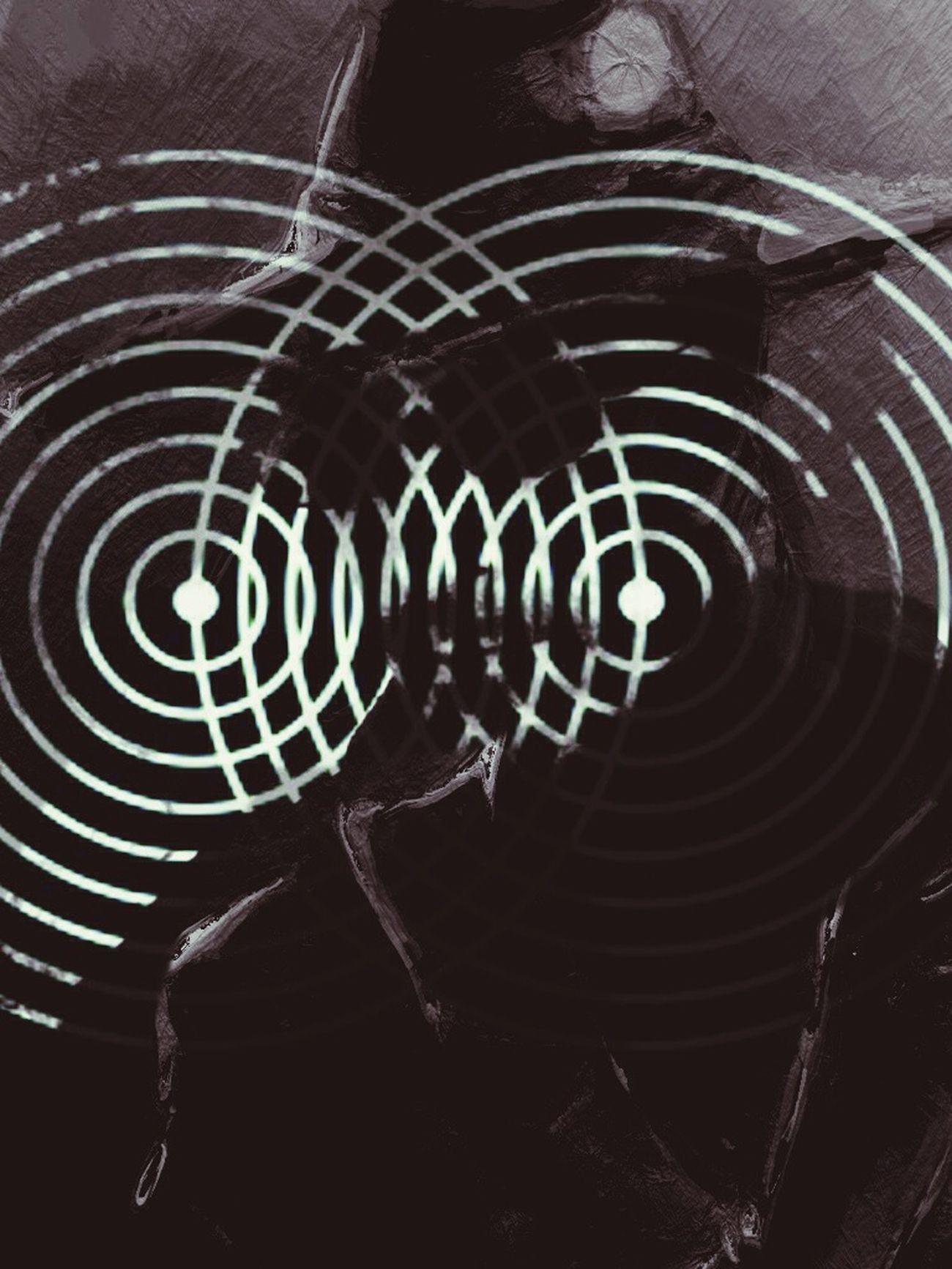 Portrait Power Circle Noir Et Blanc Fibonacci Point Entre Ombre Et Lumiere The Human Possesion Cosmos Partition