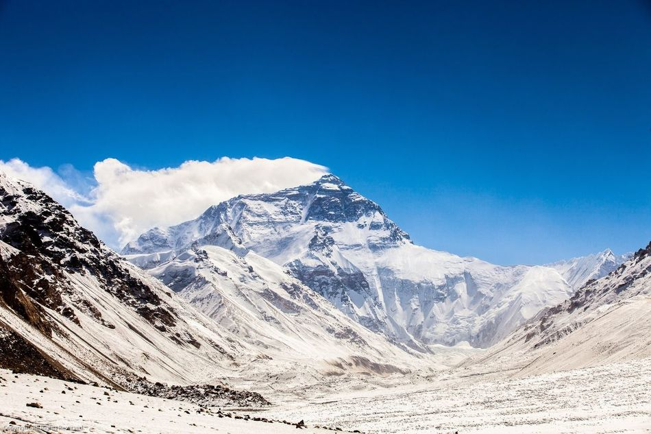 Beautiful stock photos of mountains, Beauty In Nature, Blue, Cloud, Cold Temperature