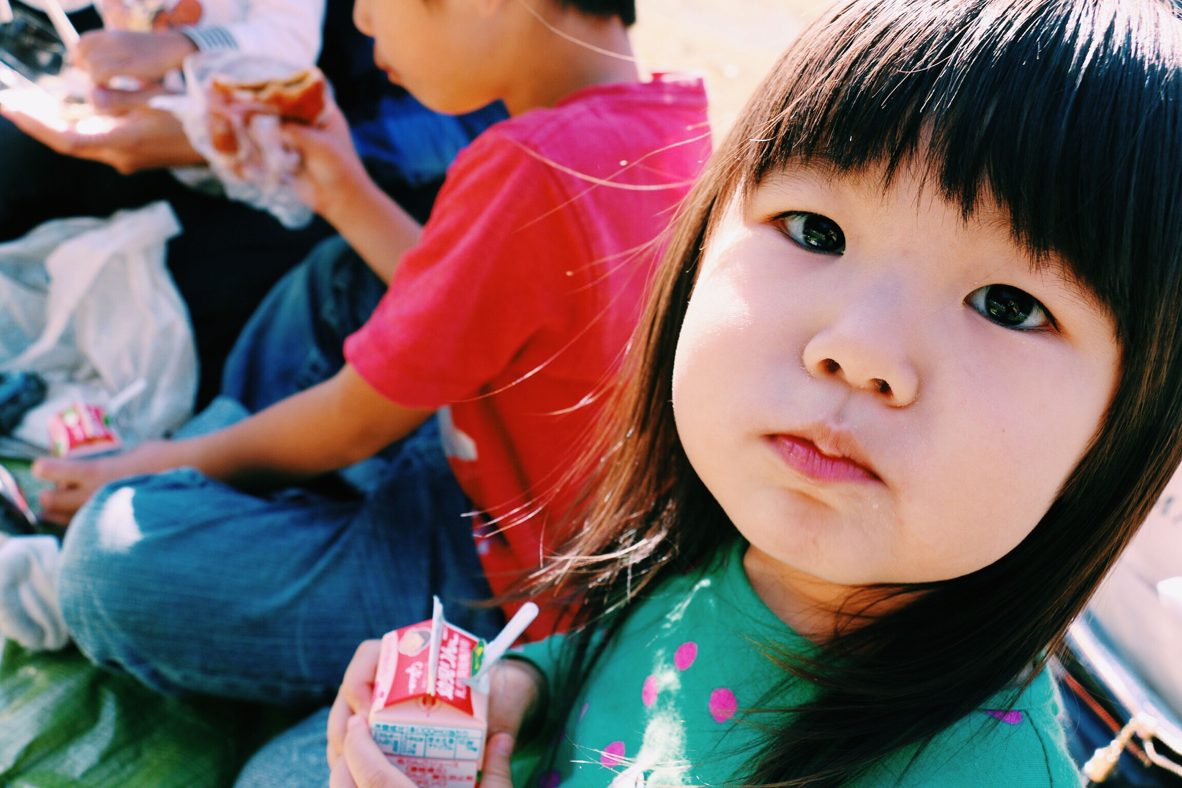 childhood, person, elementary age, girls, innocence, cute, headshot, looking at camera, lifestyles, portrait, smiling, leisure activity, boys, casual clothing, focus on foreground, close-up, head and shoulders, happiness