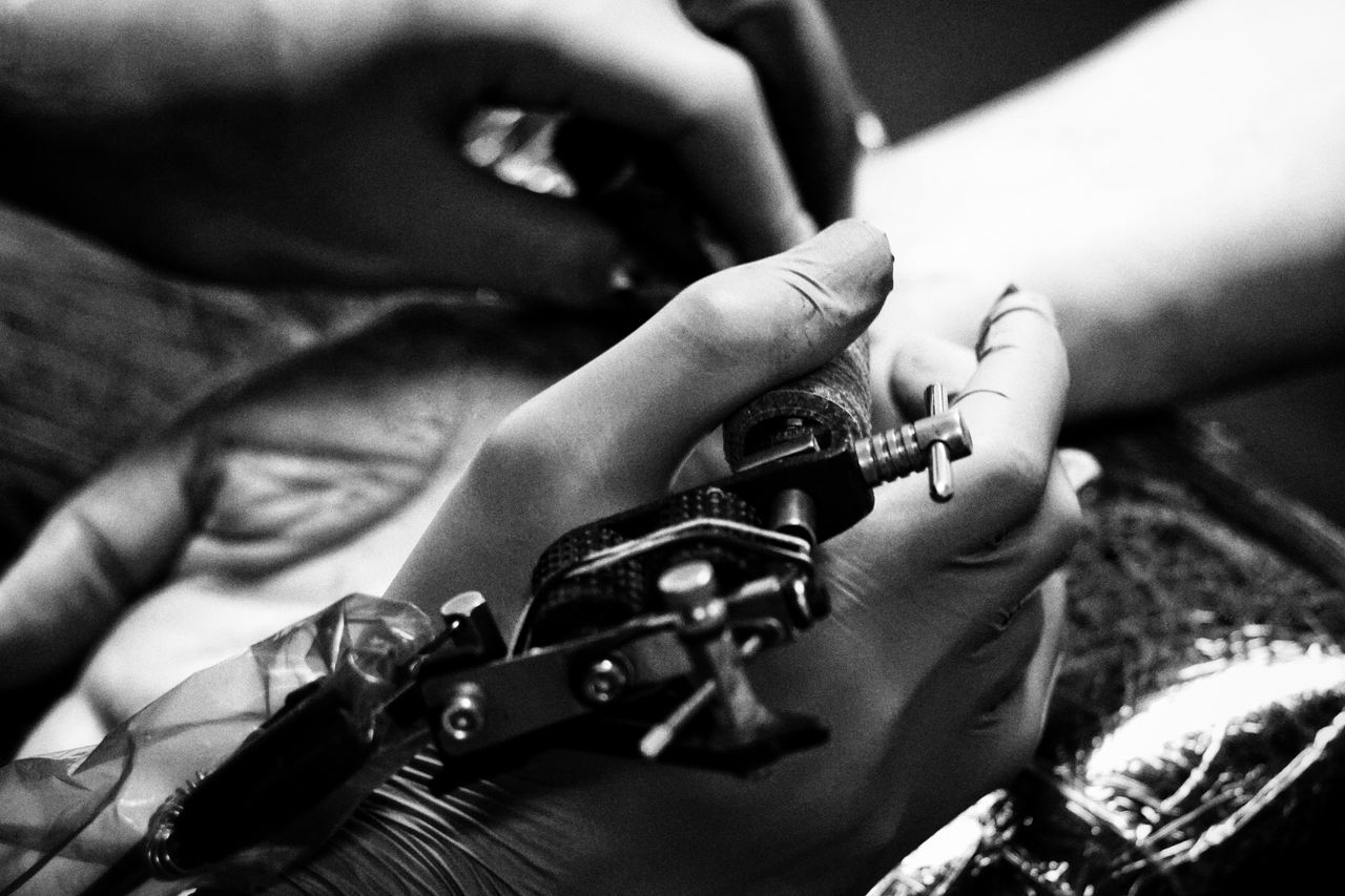 Tattoo Shop Tattooartist  Tattoo Close-up Indoors  Showcase May 2017 BYOPaper! Sweden 2017 Maj Niklas Huddinge Human Body Part Human Hand Adults Only The Photojournalist - 2017 EyeEm Awards Live For The Story