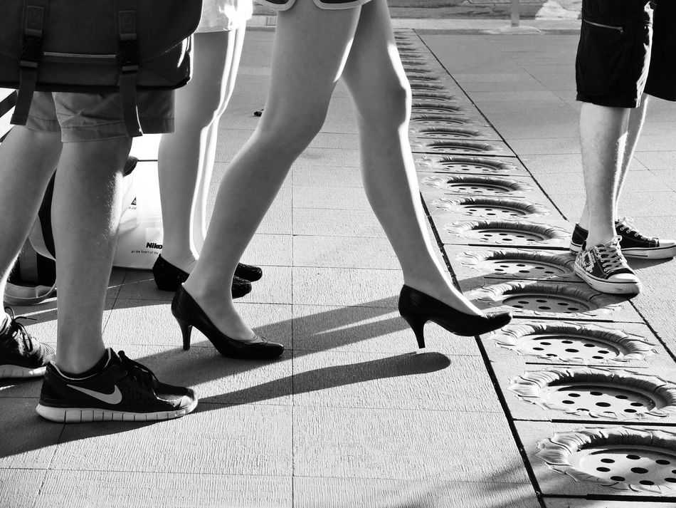Street Photography Streetphotography Streetphoto_bw Black & White Black And White Blackandwhite Monochrome EyeEmChinatownPhotowalk Shadow Light And Shadow