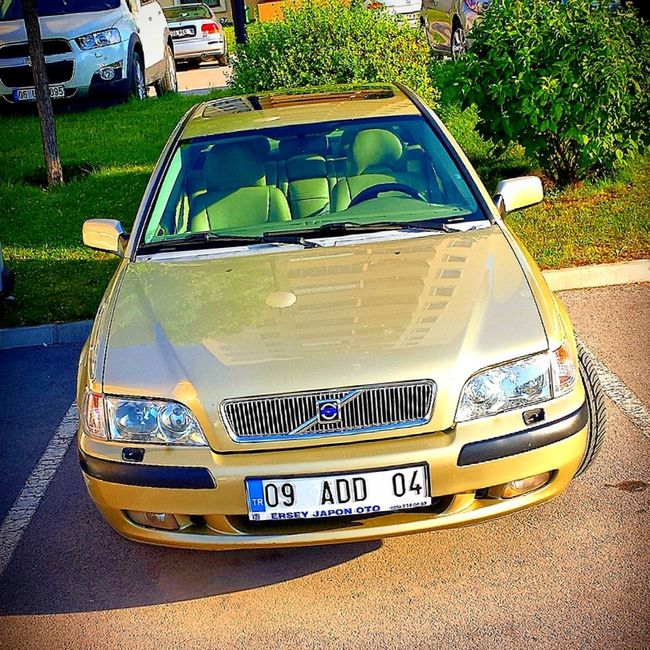 My golden boy :) Volvo S40 250hp T4