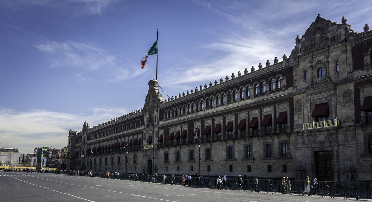 Beautiful stock photos of mexican flag, Architecture, Building Exterior, Built Structure, Capital Cities