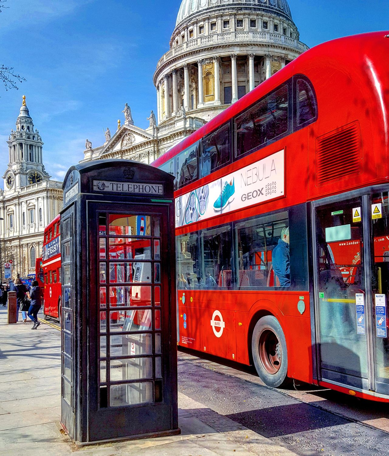 StPaulscathedral City City Of London Bus LONDON❤ London Trip London Calling Londoncity Londononly London Eye Sky Red Londonbus Travel Lovephotography  Vscocam VSCO Cam Citybestpics Bestpic Global Photography Lovelondon