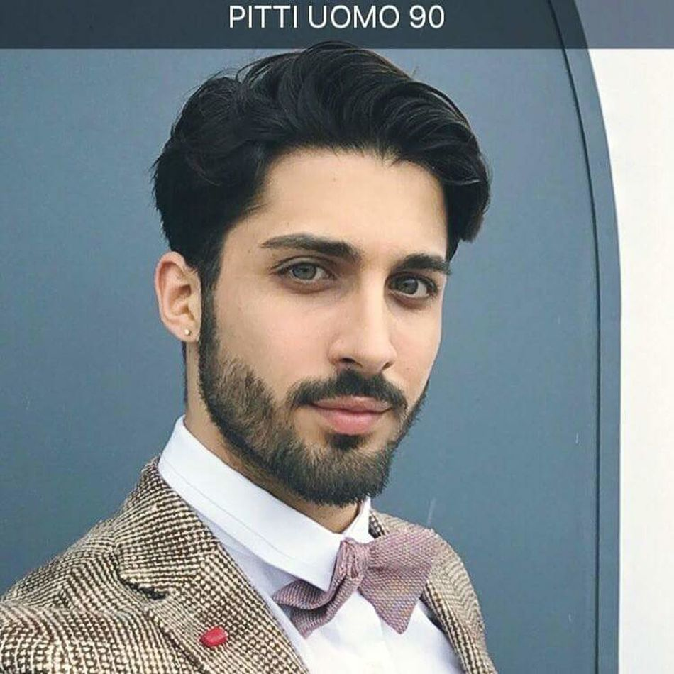 PITTI UOMO 90! Follow my update on Instagram !👍🏼✔️✔️✔️ thanks to Sartoria Latorre for this amazing suit !! ☑️✔️ Man Vogue Beautiful Summer Marcoparrino Blogger Fashion Style Sun Model Italia Fashionblogger Outfit OOTD pittiuomo