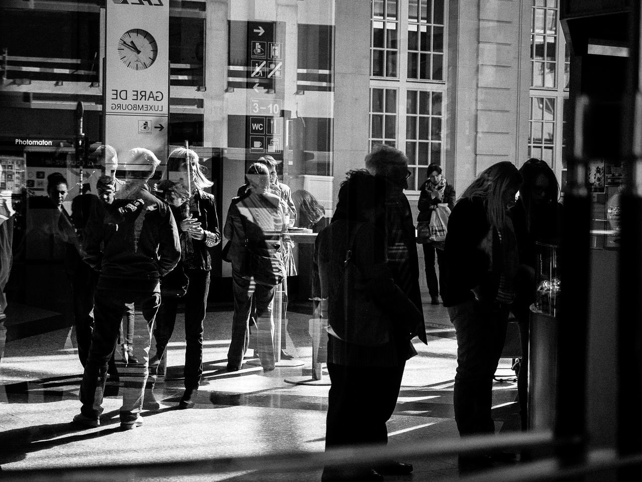 real people, building exterior, architecture, built structure, full length, street, walking, city, large group of people, men, women, city life, outdoors, day, lifestyles, protestor, crowd, musician, adult, people